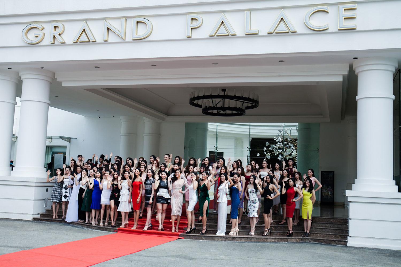 Hoa hậu hoàn vũ Việt Nam 2017 sôi động tại Grand Palace